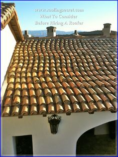 Beach Living Mexico Style ~ love the serpentine confetti roof tiles against the white stucco Mediterranean Style Homes, Spanish Style Homes, Spanish Colonial, Spanish Haciendas, Hacienda Homes, Mexican Hacienda, Copper Roof, Mexico Style, Roof Tiles