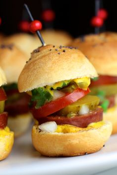 Classic Chicago-Style Polish Sausage Sliders #GameDay #Sliders