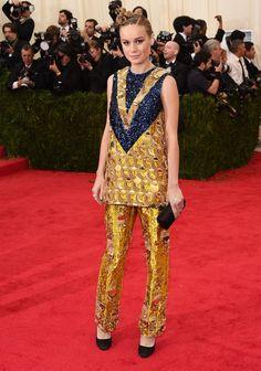Pin for Later: Seid glamourös oder lasst es sein: Alle Stars vom roten Teppich der Met-Gala! Brie Larson