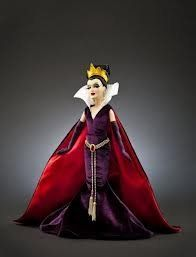 Evil Queen 11.5 Inch Designer Disney Villains Collectible Doll and Collectible Gift Bag, http://www.amazon.com/dp/B009GJAQ0K/ref=cm_sw_r_pi_awd_jw37rb0FCSRBR