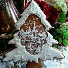 """Christmas """"Honey Gingerbread"""" cookies by Teri Pringle Wood Christmas Gingerbread House, Noel Christmas, Christmas Goodies, Christmas Treats, Christmas Baking, Gingerbread Houses, Fancy Cookies, Iced Cookies, Cookies Et Biscuits"""
