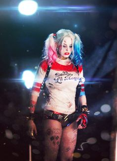 Margot Robbie's Harley Quinn Wallpaper for Mobile by muratcaglar