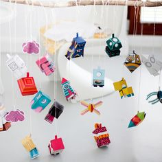 Fold Me paper toys look so much fun!