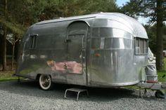 Airstream Vintage American Caravan 1957 Wanderer
