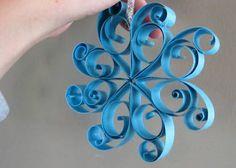 Paper snowflakes - Frozen birthday