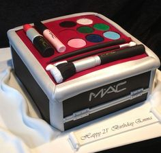 MAC makeup cake, when I finally have my makeup party, will get Erica to make… Mac Makeup, Makeup Box, Fancy Cakes, Cute Cakes, Sweet Cakes, Beautiful Cakes, Amazing Cakes, Make Up Cake, Cake Shapes