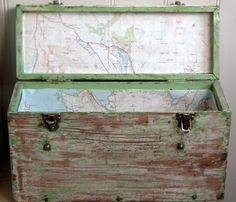 Lovely vIntage painted wooden storage box. £35.00, via Etsy.