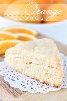 Glazed Orange Scones - a delicious citrusy treat drizzled with an orange vanilla glaze! Make sure to only zest orange part of orange (not white). Breakfast Pie, Breakfast Pastries, Breakfast Dishes, Just Desserts, Delicious Desserts, Yummy Food, Brunch Recipes, Dessert Recipes, Scone Recipes