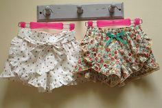 Pantalones cortos de costura de los cortocircuitos de las muchachas del patrón patrón por FelicityPatterns