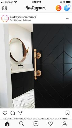 This black barn door with brushed copper handle is so sleek! Classic Home Decor, Classic House, Barn Door Handles, Barn Door Designs, Black Barn, Modern Baths, Interior Barn Doors, Home And Deco, Amazing Bathrooms
