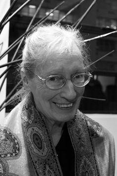 """Wilma Stockenström (1933–). """"Elke oomblik is mens, en wat mens is, is 'n daad en is onherroeplik."""""""