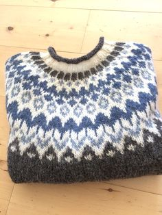 Knitting Patterns, Crochet Patterns, Icelandic Sweaters, Fair Isle Pattern, Cute Little Things, Girls Sweaters, Knitted Hats, Knit Crochet, Pullover