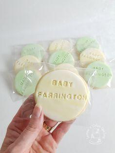 Some gender neutral baby shower cookies www.facebook.com/cakesbyleannerhodes