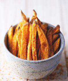 Spiced Sweet Potato Fries // Vegan & Gluten Free // Natural Girl Modern WOrld