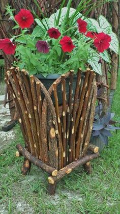 Your place to buy and sell all things handmade Twig Crafts, Wood Crafts, Wood Planters, Willow Furniture, Willow Garden, Small Wood Projects, Cedar Trees, Diy Bench, Backyard Patio