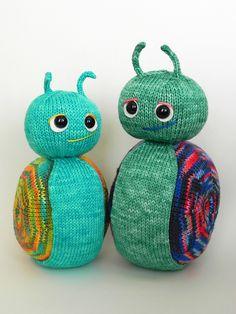 Ravelry: Slo'Moe pattern by Susan Claudino