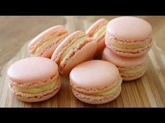 How To Make French Macarons - UPDATED VERSION | sweetco0kiepie - YouTube Made these with my bestie, they were AMAZING!!!