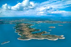 The Istrian cape Kamenjak has recently been listed among the ten most desirable and interesting hidden beaches of the Mediterranean. Istria Croatia