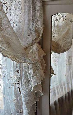 home-vintage curtains