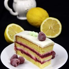 Raspberry Lemon Cake - the best combination! So moist and delicious! (in Romanian)