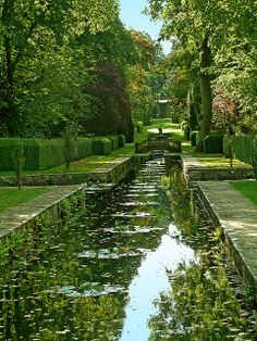 Beautiful Landscapes, Beautiful Gardens, Landscape Architecture, Landscape Design, Parks, Formal Gardens, Nature Aesthetic, Dream Garden, Water Features