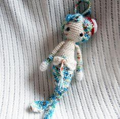 http://de.dawanda.com/shop/mahepu  Mici die Meerjungfrau als Schlüsselanhänger von Gebastelt auf DaWanda.com