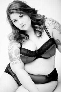 LITHA BACCHI is a London based singer and plus size model.  Bbw curvy. Big girls. Fat phat Ladies women fashion styles. Cute. Love Big And Beautiful, Beautiful Curves, Sexy Curves, Beautiful Lines, Beautiful Tattoos, Plus Size Model, Curvy Plus Size, Love My Body, Girls
