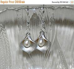 SALE Calla Lily Earrings Flower Earrings by jewelrybyirina on Etsy