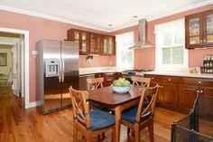 Homes for sale in Glen Ridge, NJ #kitchen #dinein #glenridges #nj #beautifulhomes #forsale #realty #realestate #amyowens