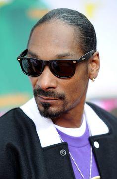 Snoop Rockin The Locs