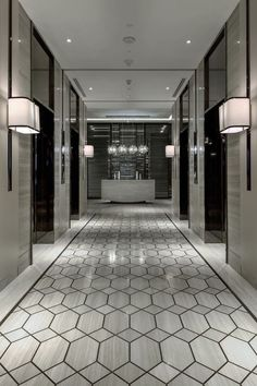 The lobby is the foremost part of a hotel. Finding the best lobby design for hotels is probably a difficult thing for owners and designers. Because, here visitors will book a room, interact with the receptionist or meet guests. Design Entrée, Floor Design, Tile Design, House Design, Design Ideas, Design Projects, Patio Design, Design Inspiration, Design Trends
