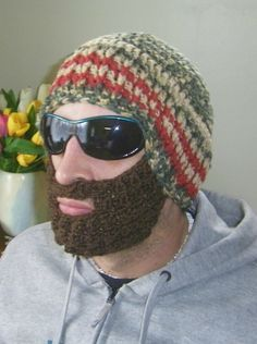 Beard Hat Beanie Men Outdoor Sportswear Winter by prettypelican This one made me crack up! Funny Fashion, Weird Fashion, Fashion Humor, Mens Fashion, Beard Hat, Funny Dresses, Classy Hairstyles, Today's Man, Epic Beard