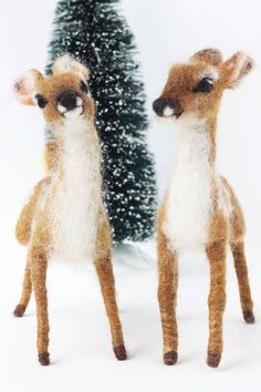 I Create Lifelike Needle-Felted Animal Sculptures I specialize in creating lifelike animals through Needle felting.