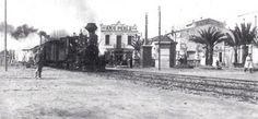 28 de octubre de 1848: Se inaugura la primera línea de ferrocarril en la… Barcelona, Street View, Cats, Outdoor, Trains, Venice, Parking Lot, October, Voyage