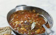 Zuppa di lenticchie con il Bimby - Ecco la ricetta per realizzare una ottima zuppa di lenticchie con il Bimby, una ricetta facilissima e buonissima perfetta per chi ama i legumi ma ha poco tempo.