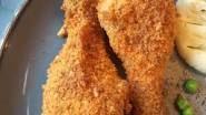 Homemade Shake and Bake Mixture Recipe Made this YUMMY! but DO NOT use all that salt. I'd say skip the Salt, use garlic powder not garlic salt. Keep celery salt. Homemade Spices, Homemade Seasonings, Baked Chicken, Chicken Recipes, Meatless Chicken, Chicken Legs, Homemade Shake And Bake, Shake N Bake Chicken, Fresco