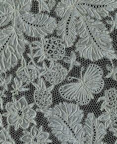 Fan leaf of bobbin lace by Miss Emma Radford; Honiton, England c.1878