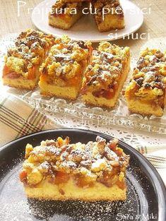 » Prajitura cu piersici si nuciCulorile din Farfurie Romanian Desserts, Romanian Food, Just Desserts, Dessert Recipes, Diy Food, Sweet Treats, Deserts, Good Food, Food And Drink