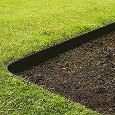 Grass Barrier – Landscape Edging – 10 inch Depth – Grass Barrier - front yard ideas no grass Landscaping Supplies, Home Landscaping, Landscaping With Rocks, Front Yard Landscaping, Landscaping Software, Landscaping Design, Landscaping Melbourne, Inexpensive Landscaping, Landscaping Contractors
