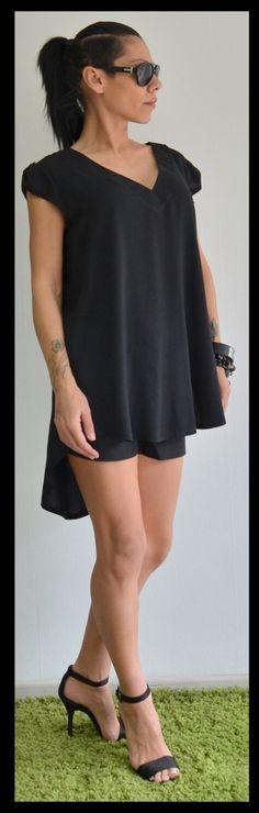 Maxi black top/ Loose soft tunic/ Oversize black blouse by ClothesByLockerRoom on Etsy https://www.etsy.com/listing/255806616/maxi-black-top-loose-soft-tunic-oversize
