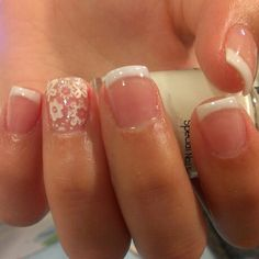 How to choose your fake nails? - My Nails Fancy Nails, Love Nails, Pretty Nails, My Nails, Short French Tip Nails, Summer French Nails, For Elise, Polka Dot Nails, Polka Dots