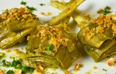 Lemon & Thyme Marinated Artichokes with Garlic Bread Crumbs & Toasted Hazelnuts (omit butter).