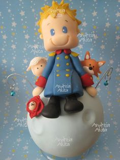 Pequeno Príncipe  - The Little Prince Prince Party Theme, Little Prince Party, The Little Prince, Fondant Cake Toppers, Fondant Figures, Cupcake Cakes, Clay Projects, Clay Crafts, Diy And Crafts