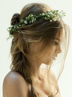 Would you wear a flower crown at your #wedding?