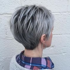 #hairbymorganjames #gray #hair with #depth at the #roots #pixiecut #parlour3 #edgyhair I love #weirdhair