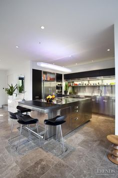 Contemporary Kitchen - myTrends