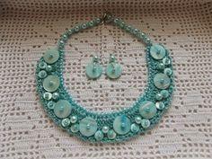 Bijuterii lucrate manual: Colier statement cu sidef si perle,cu cercei asort...