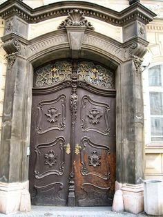 Art Nouveau Lion Door in Prague, Czech Republic - https://www.travelblog.org/Photos/205979