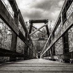 Toccoa River Swinging Bridge is always a sight to see. Thanks to @yondergeorgia for the great capture!  #GAphotographer #Georgiaphotographer #GAphotography #Georgiaphotography #Ilovegeorgia #exploregeorgia #onlyingeorgia #georgiatravel #discovergeorgia #whyIloveGA #GA #georgialife #gapride #Georgiapride #iloveatlanta #atl#whyiloveatl #scenic #landscape #city #Beautiful #bridge