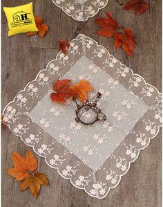 Centrino Shabby Chic New Crema collection Blanc Mariclo Colore Sabbia 45 x 45